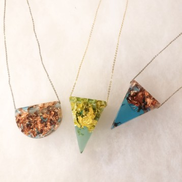resinnecklaces